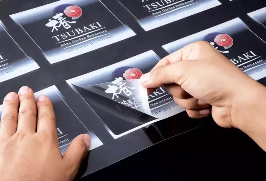 прозрачные наклейки